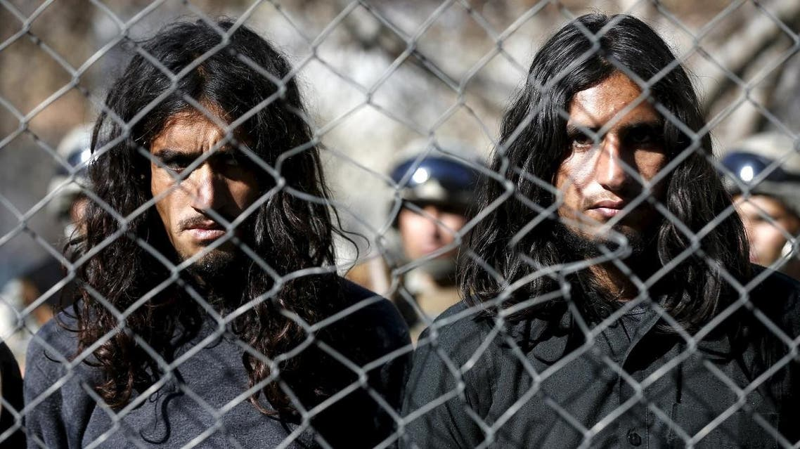 Pakistani Taliban fighters, who were arrested by Afghan border police, stand during a presentation of seized weapons and equipment to the media in Kabul, Afghanistan January 5, 2016. (File photo: Reuters)