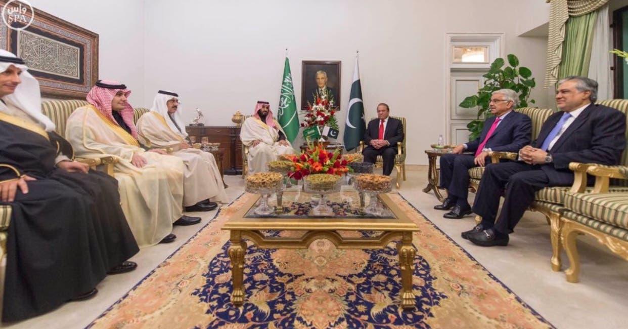 الأمير محمد بن سلمان يلتقي أبرز قادة باكستان