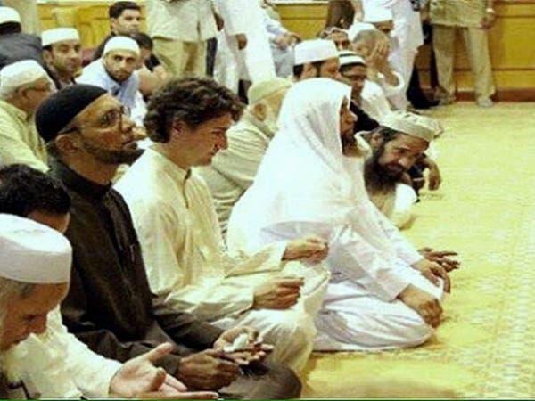 فيديو وصور لرئيس وزراء كندا يصلي المغرب مع المسلمين
