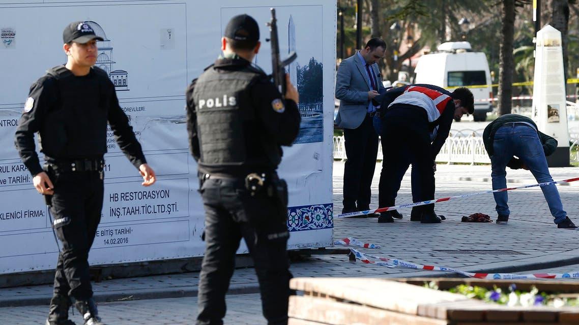 Suicide blast in Istanbul tourist area