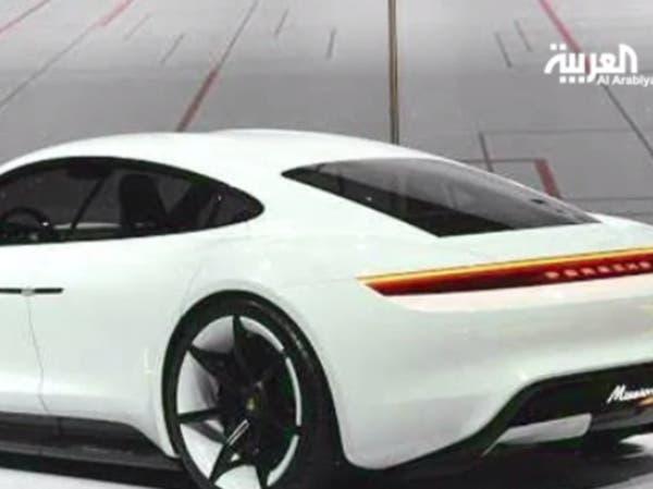 بورشه تنفق مليار دولار لصنع أول سيارة رياضية كهربائية