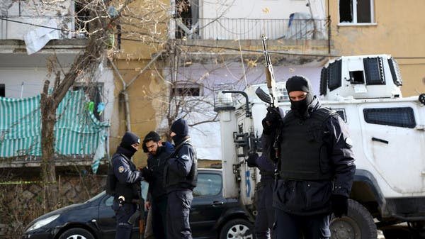 تركيا تحتجز 29 شخصاً للاشتباه بانتمائهم لداعش A4556037-4959-46f2-8d4d-fb12ca8bcda2_16x9_600x338