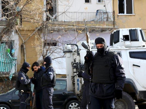 تركيا.. توقيف 3 جامعيين لتضامنهم مع الأكراد