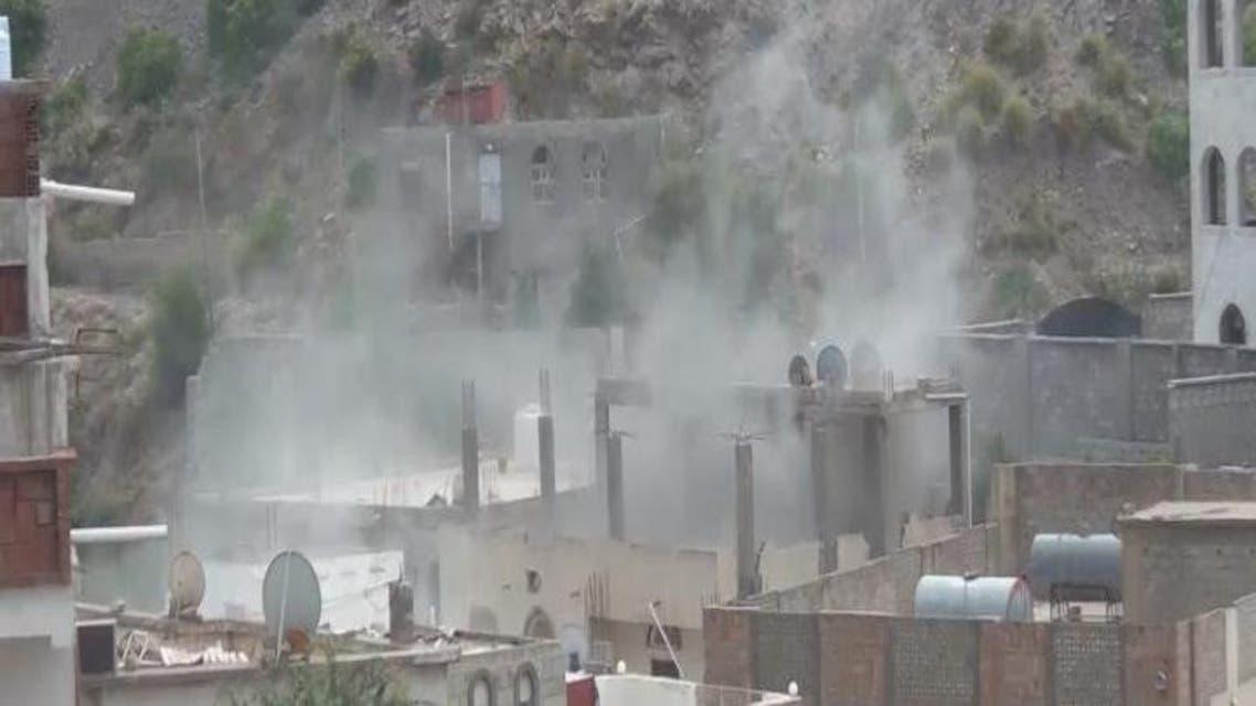 THUMBNAIL_ المقاومة الشعبية في اليمن تشن هجوماً على مدينة دمت