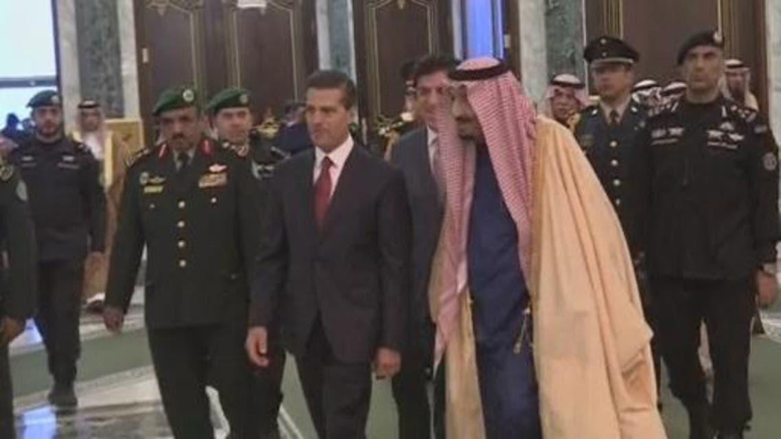 الملك سلمان مع الرئيس المكسيكي