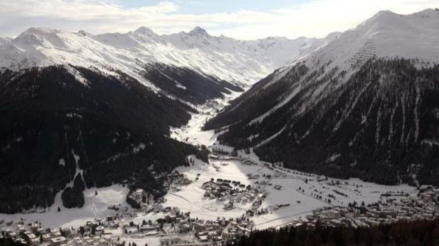 What is the World Economic Forum's theme for Davos 2016?