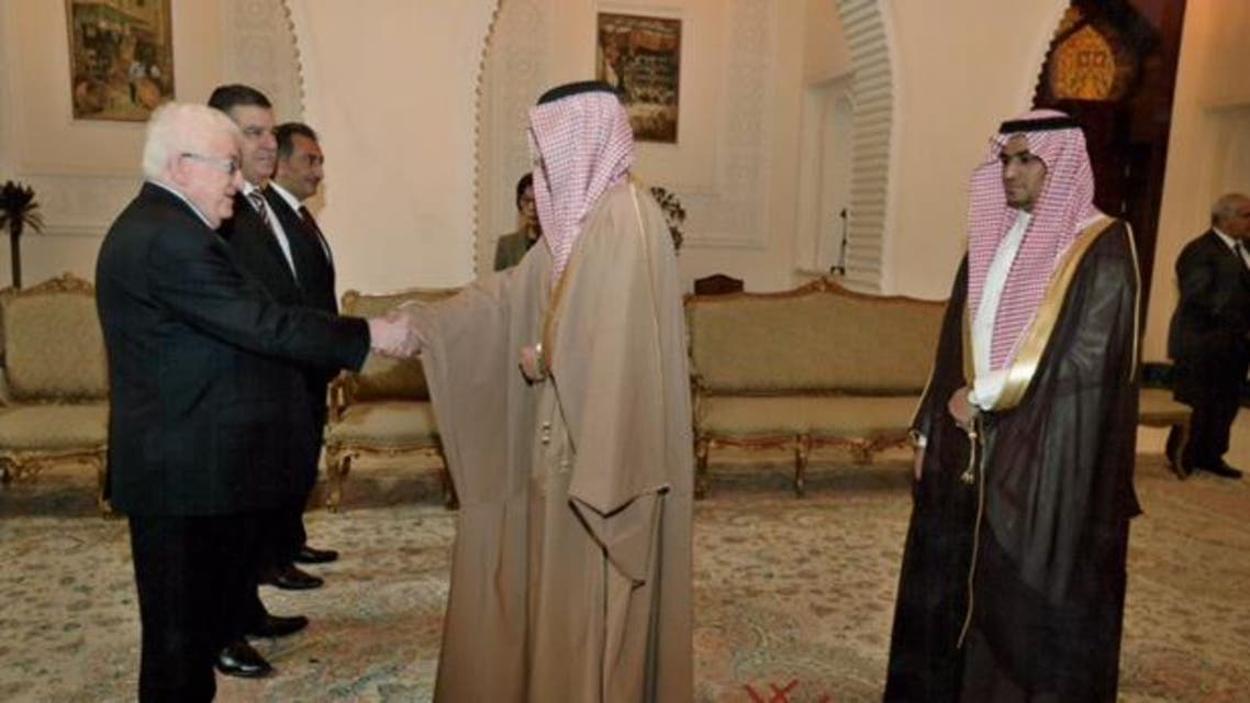 السفير السعودي في بغداد يقدم أوراق اعتماده للرئيس العراقي