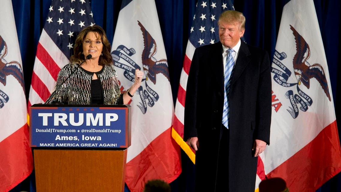 Former Alaska Gov. Sarah Palin, left, endorses Republican presidential candidate Donald Trump during a rally at the Iowa State University. (AP)