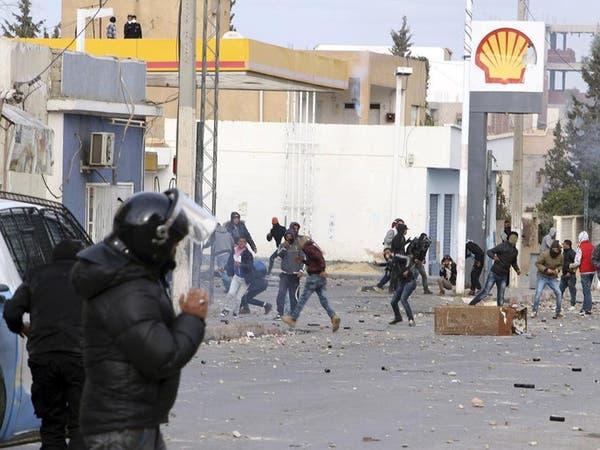 حكومة تونس تقر حزمة إجراءات لصالح المحافظات المنتفضة