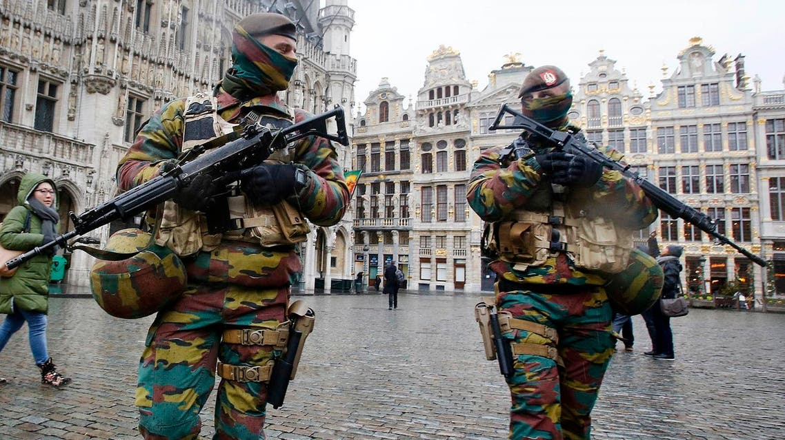 Belgium police officers patrol the Grand Place in central Brussels. (File photo: AP)
