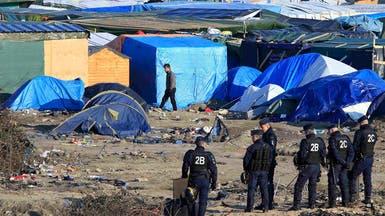 فرنسا تهدد باستخدام القوة لإخلاء اللاجئين من مخيم كاليه