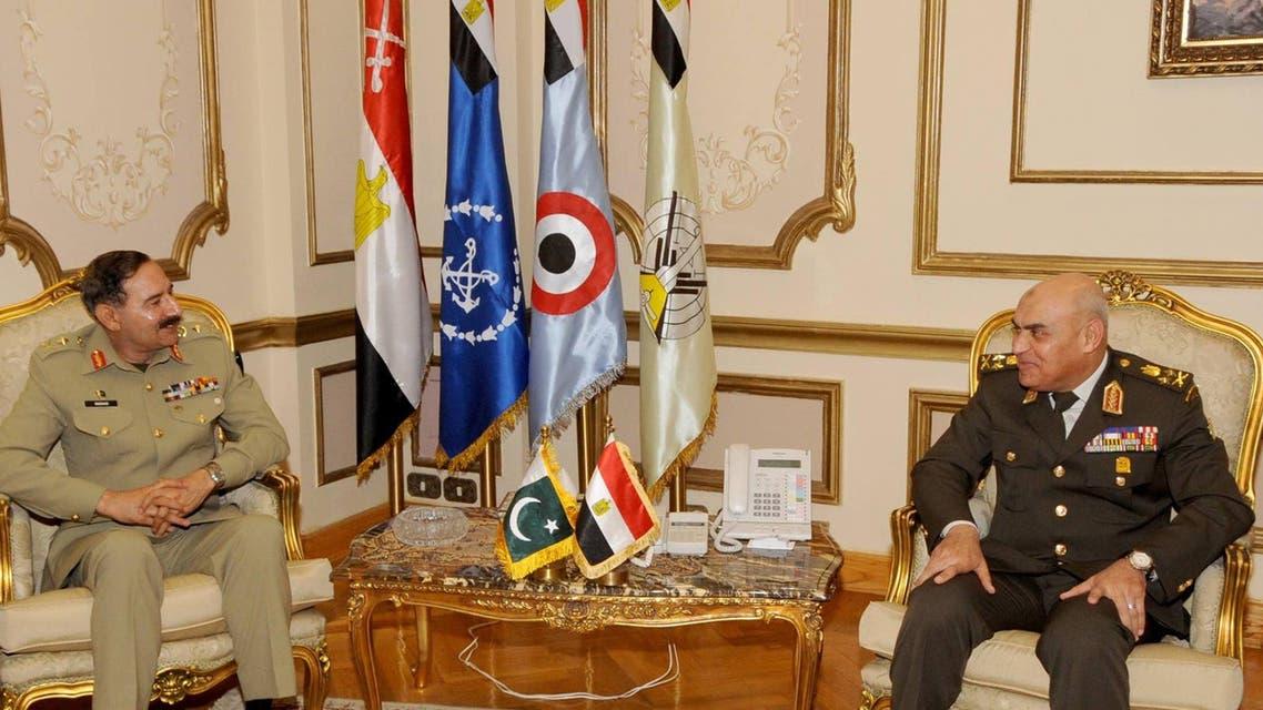 مصر وباكستان يبحثان دعم التعاون العسكري بينهما