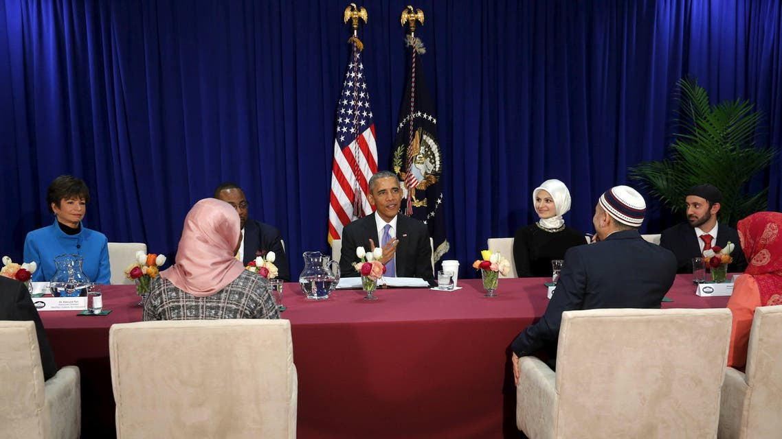 U.S. President Barack Obama (C) holds a roundtable with Muslim American community leaders at the Islamic Society of Baltimore mosque in Catonsville, Maryland February 3, 2016. REUTERS/Jonathan Ernst