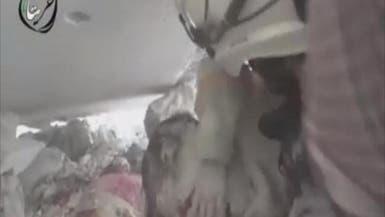 فيديو مؤثر.. طفل سوري ينجو من موت محقق