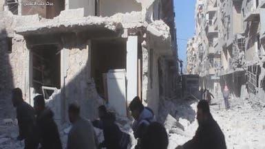 غارات روسية تستهدف الأسواق والمستشفيات في حلب