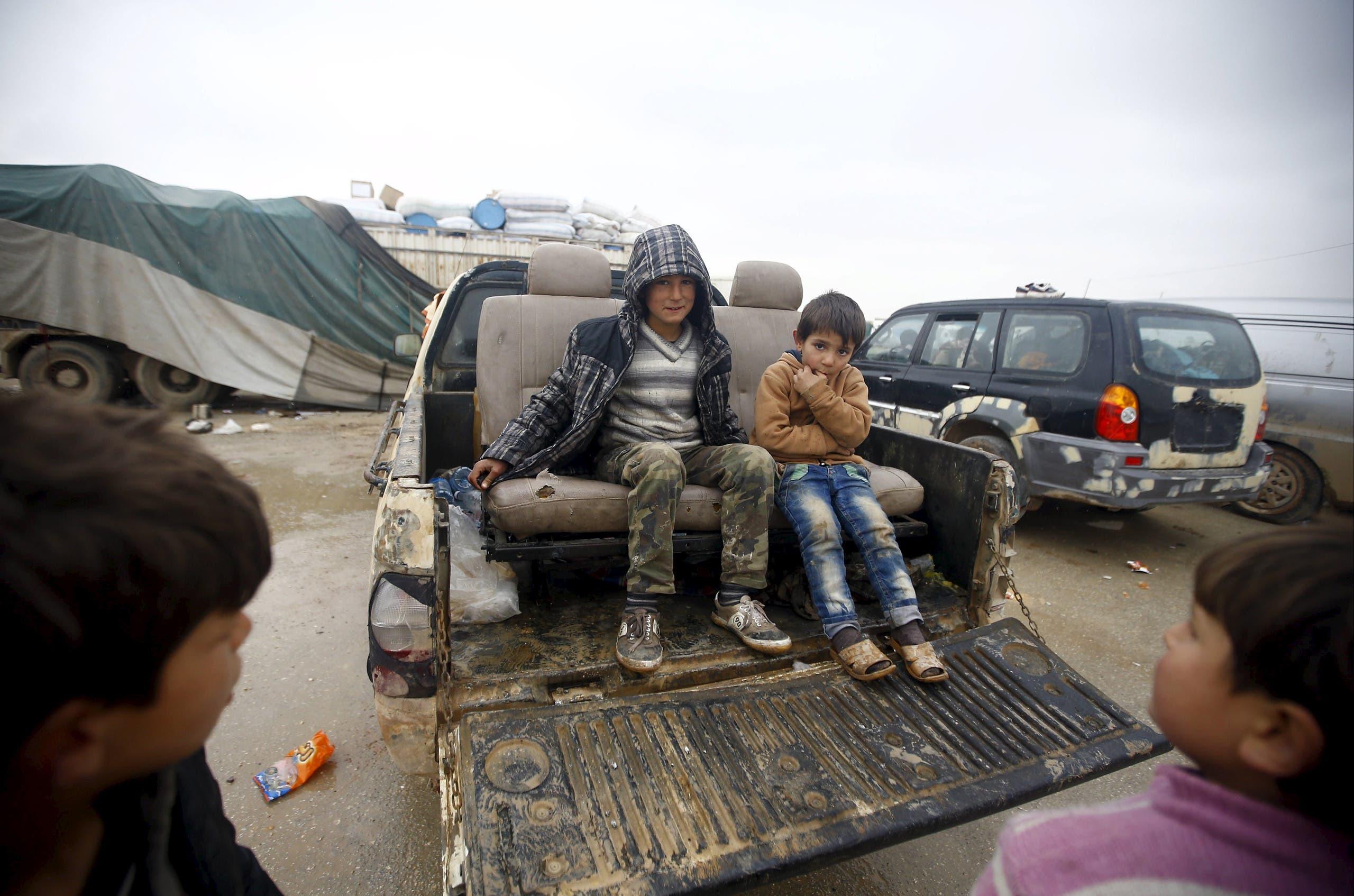 أطفال سوريون نازحون