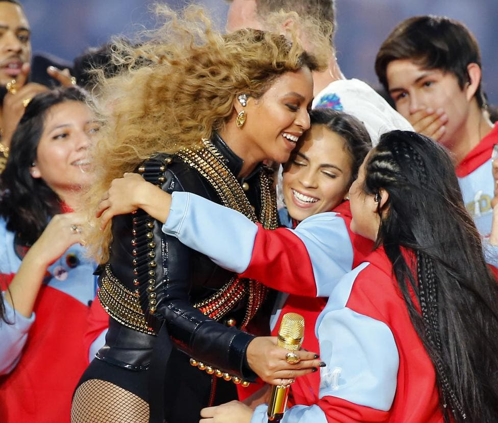 Coldplay & Beyonce wow the Super Bowl halftime