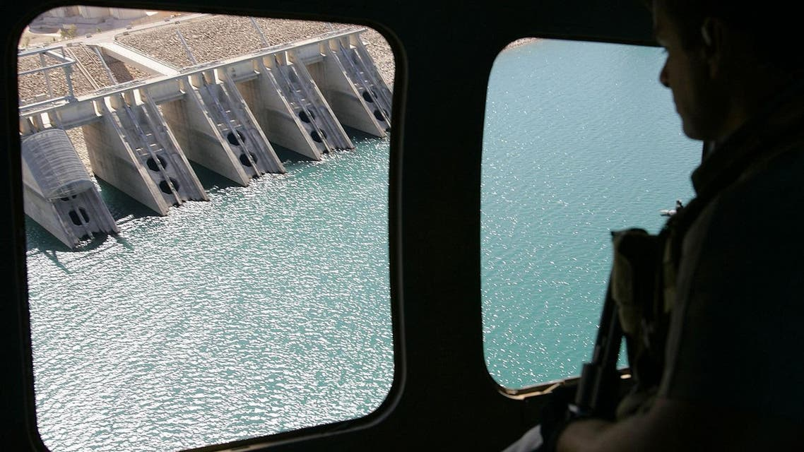 The view from a helicopter as it flies above the dam in Mosul, Iraq, is seen in this Sunday, Sept. 25, 2005 file photo. (AP)