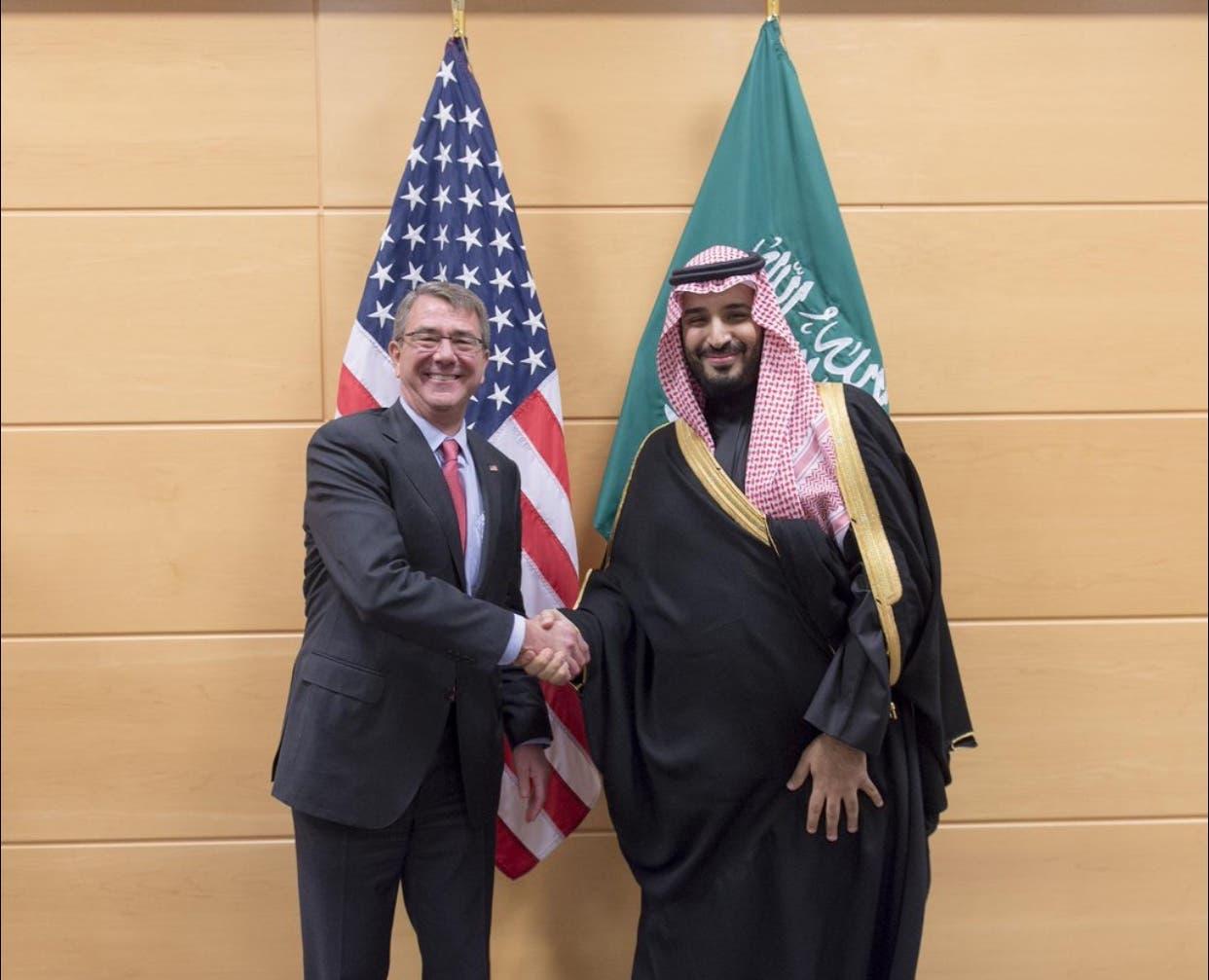الأمير محمد بن سلمان ووزير الدفاع الأميركي آشتون كارتر