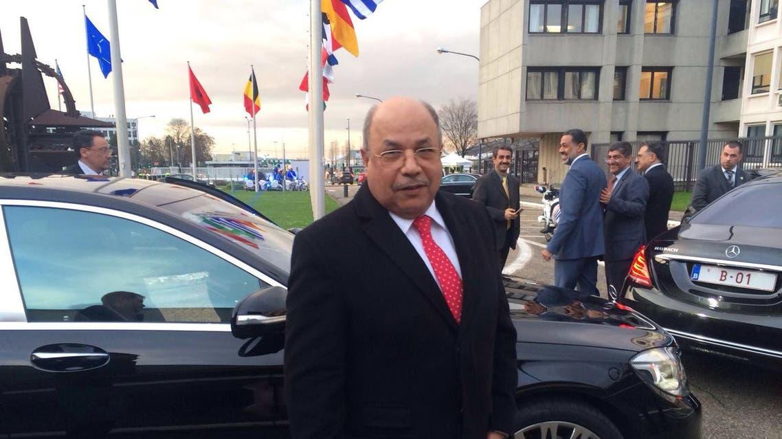 وزير الدفاع الكويتي