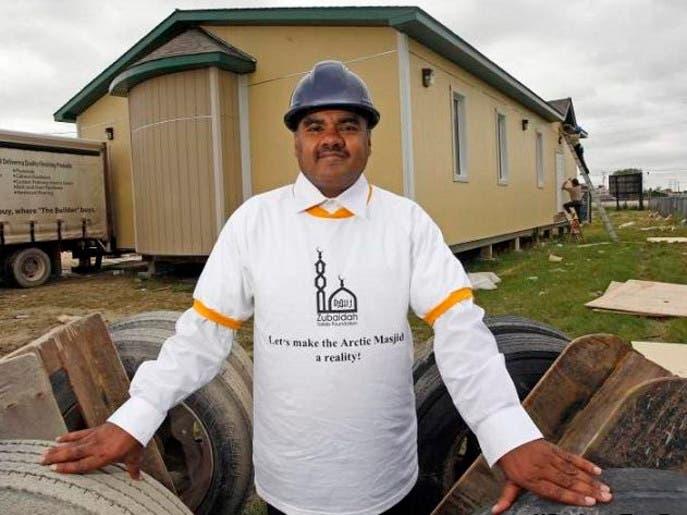 الدكتور والصحافي السعودي حسين قستي، بنى 3 مساجد حتى الآن في ظروف بيئية من الأصعب بكندا