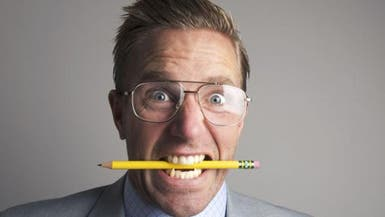 مفاجأة.. قلم الرصاص علاج للصداع