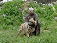 بالصور.. سعودي يفتح حديقة حيوان في منزله