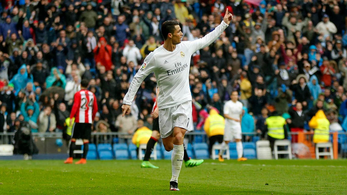 Real Madrid's Cristiano Ronaldo celebrates after scoring a goal during a Spanish La Liga soccer match between Real Madrid and Athtletic Bilbao at the Santiago Bernabeu stadium in Madrid, Spain, Saturday, Feb. 13, 2016. (AP)