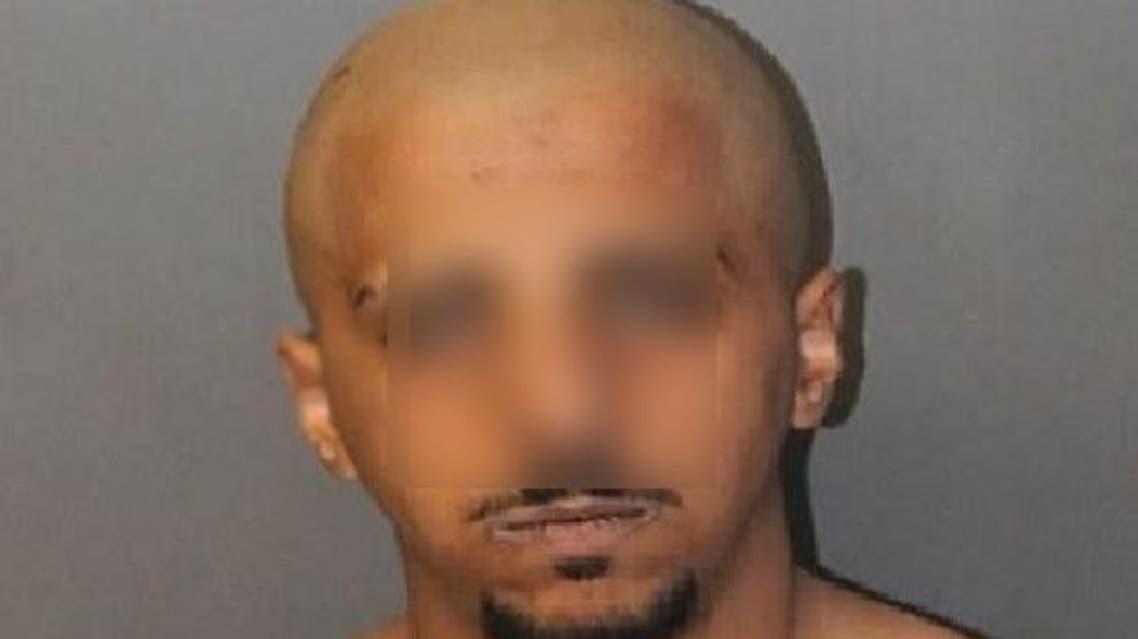 المعتقل ذكر بأنه سعودي واسمه سعود العنزي