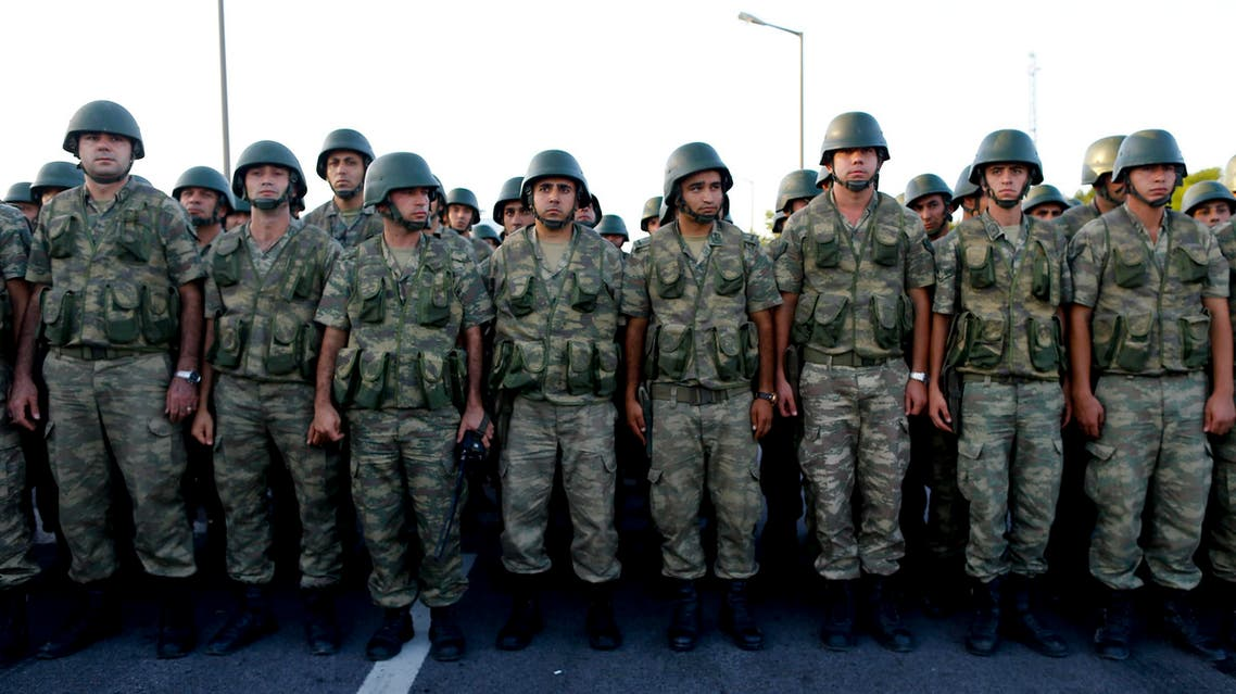 Tukish soldiers block a highway which leads to the Greece boarder near Edirne, Turkey, September 18, 2015. . (Reuters)