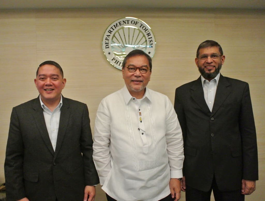 Art Boncato, Jr, Assistant Secretary at Philippine Department of Tourism , Ramon R. Jimenez Jr, Secretary at Philippine Department of Tourism and Fazal Bahardeen,CEO of CrescentRating.