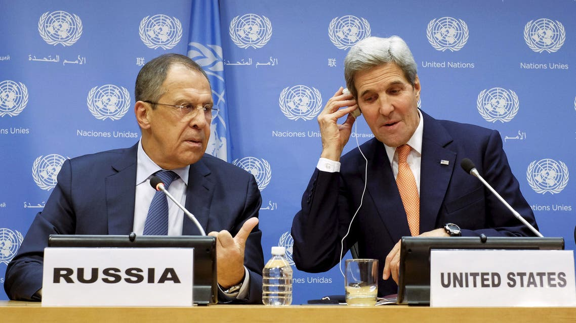 Russia's Foreign Minister Sergey Lavrov (L) and U.S. Secretary of State John Kerry attend a news conference at the United Nations Headquarters in Manhattan, New York, December 18, 2015. (Reuters)