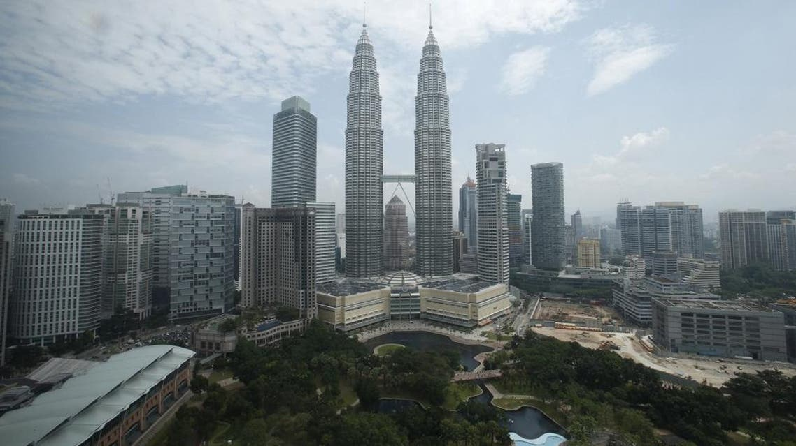 A view of Malaysia's landmark Petronas Twin Towers in Kuala Lumpur is seen in this June 27, 2013 file photo. The Australian government warned on February 21, 2016 that terrorists may be planning attacks in and around the Malaysian capital Kuala Lumpur. REUTERS/Bazuki Muhammad/Files
