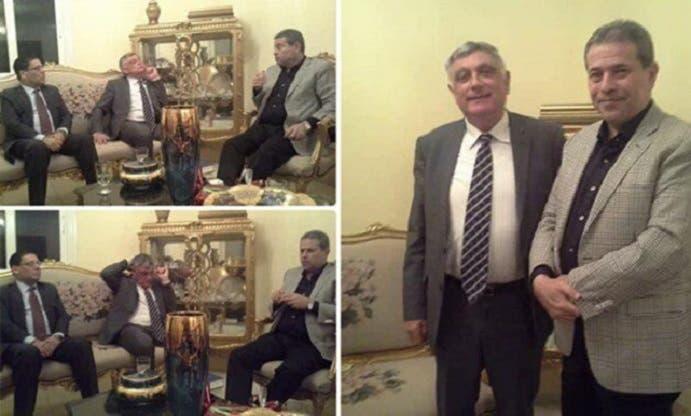 الصور التي نشرها عكاشة بحسابه التويتري لاستقباله السفير الاسرائيلي في منزله على مائدة عشاء