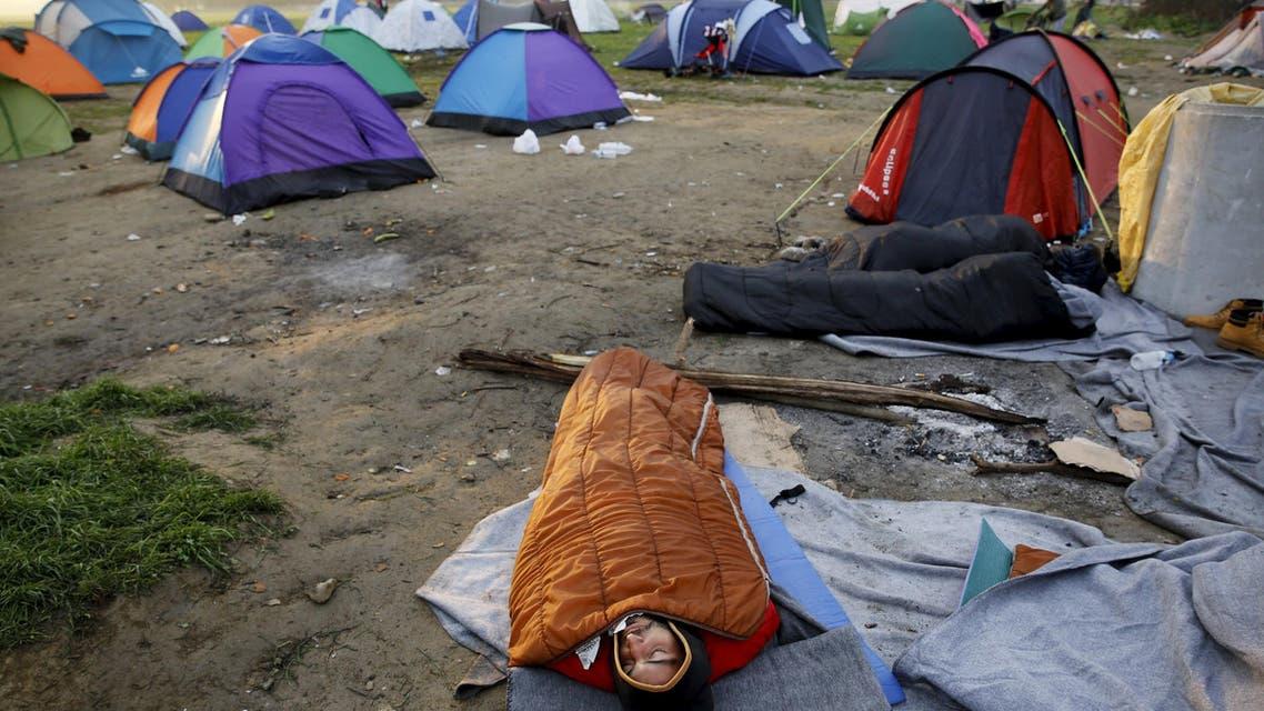لاجئون يخيمون في اليونان قرب الحدود مع مقدونيا لجوء