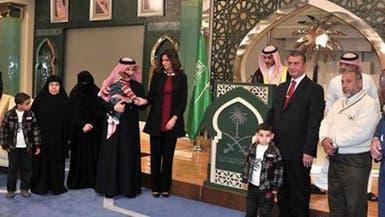 قطان يكرم أسرة المصري الذي أنقذ 10 سعوديين بحريق جازان