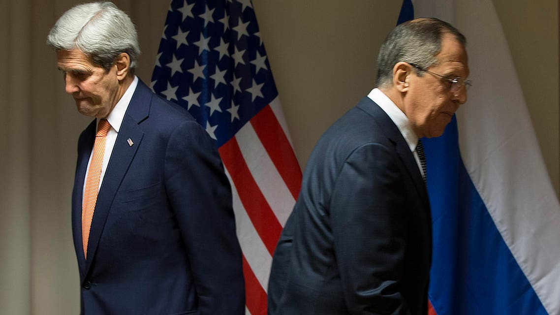 U.S. Secretary of State John Kerry, left, and Russian Foreign Minister Sergey Lavrov walk to their seats for a meeting about Syria, in Zurich, Switzerland, on Wednesday, Jan. 20, 2016. (AP)