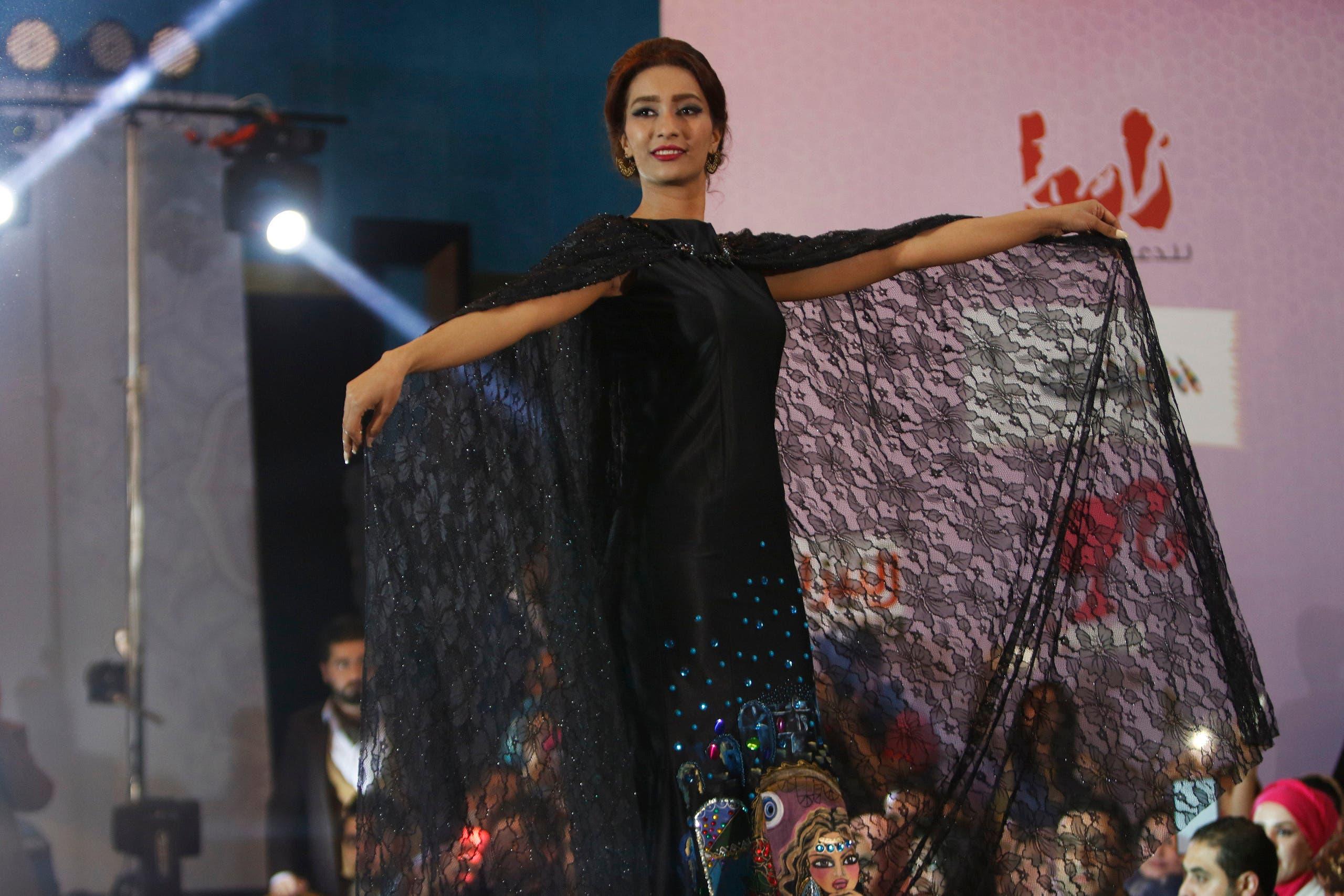 Forget ISIS: Iraqi models strut down the catwalk