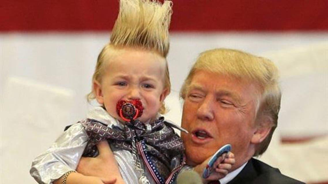 ترامب مع طفل