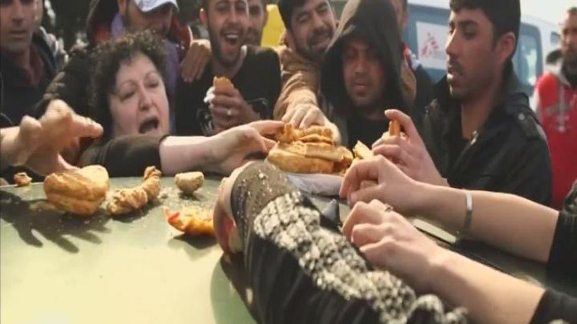 THUMBNAIL_ أزمة اللاجئين تتفاقم على الحدود بين مقدونيا واليونان
