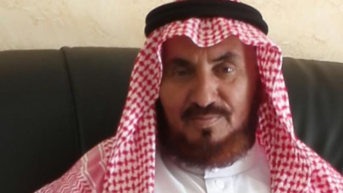 سعودي سبعيني يواصل تعليمه