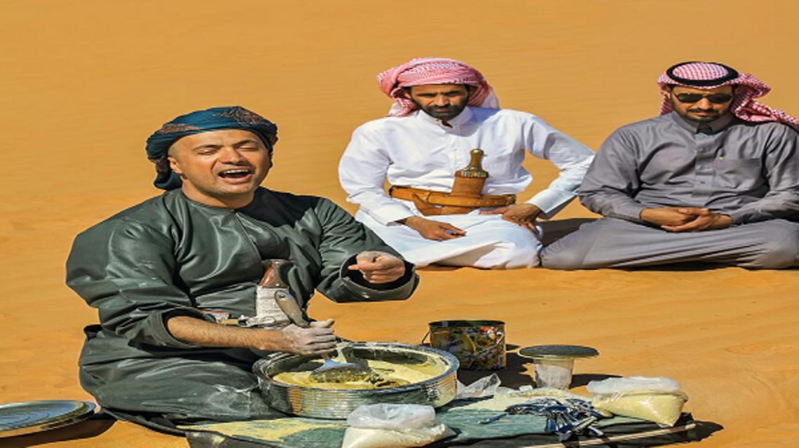 """عيد اليحيى.. العربي الأول الذي سجل موسيقى """"الرمال"""""""