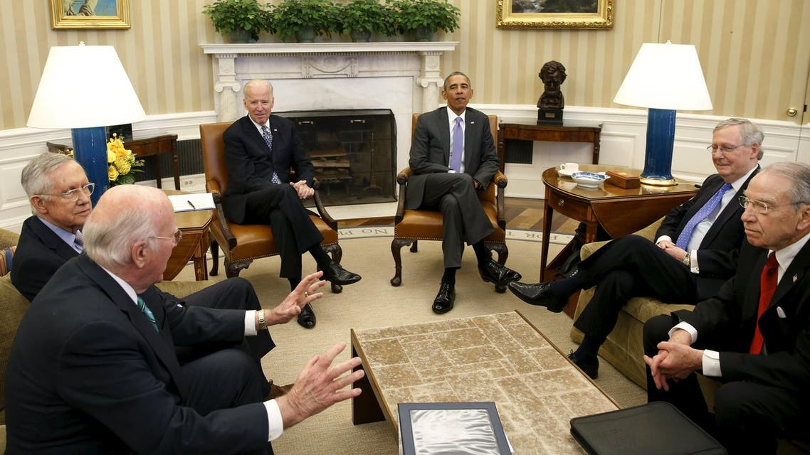 US President Barack Obama meets with the bipartisan leaders of the Senate to discuss the Supreme Court vacancy left by the death of Justice Antonin Scalia, at the White House in Washington March 1, 2016. (Reuters)
