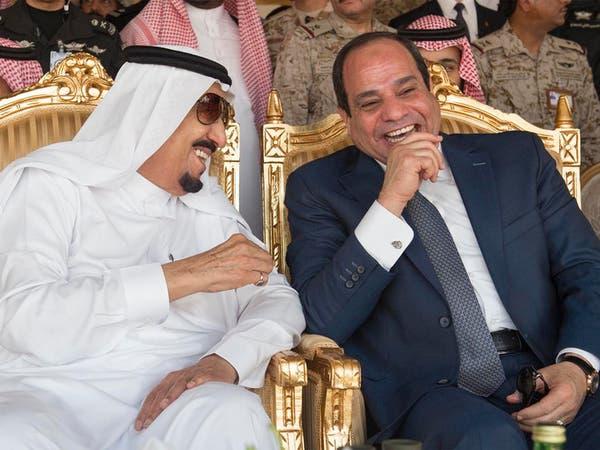 الملك سلمان يبحث مع الرئيس المصري تطورات المنطقة