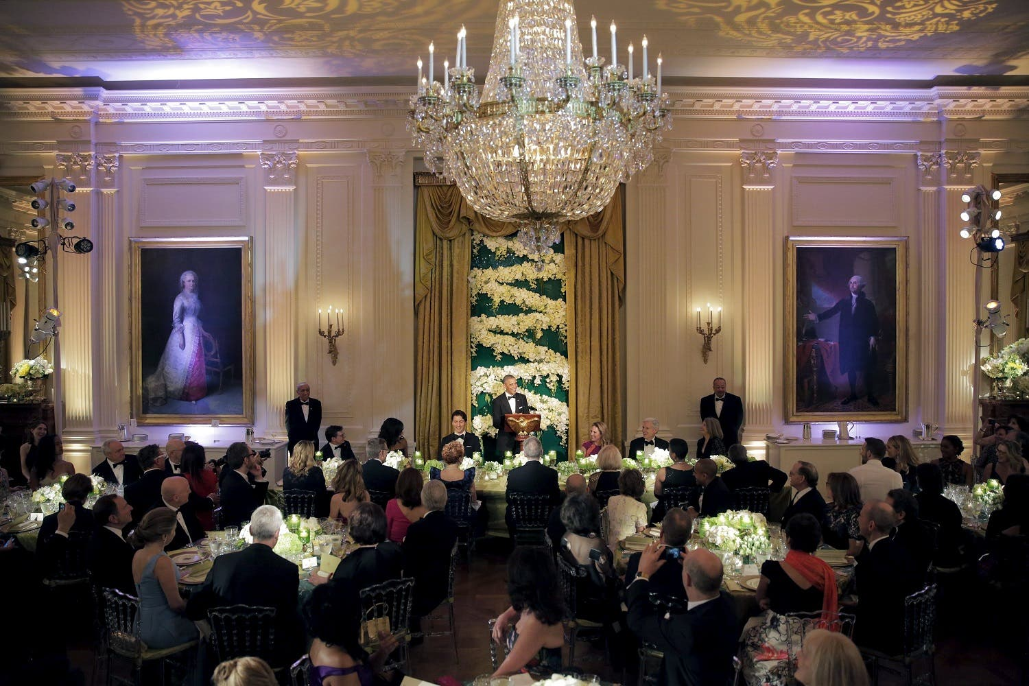 U.S. President Barack Obama makes a toast for Prime Minister of Canada Justin Trudeau and his wife Sophie Gregoire-Trudeau during a State Dinner at the White House in Washington March 10, 2016. REUTERS