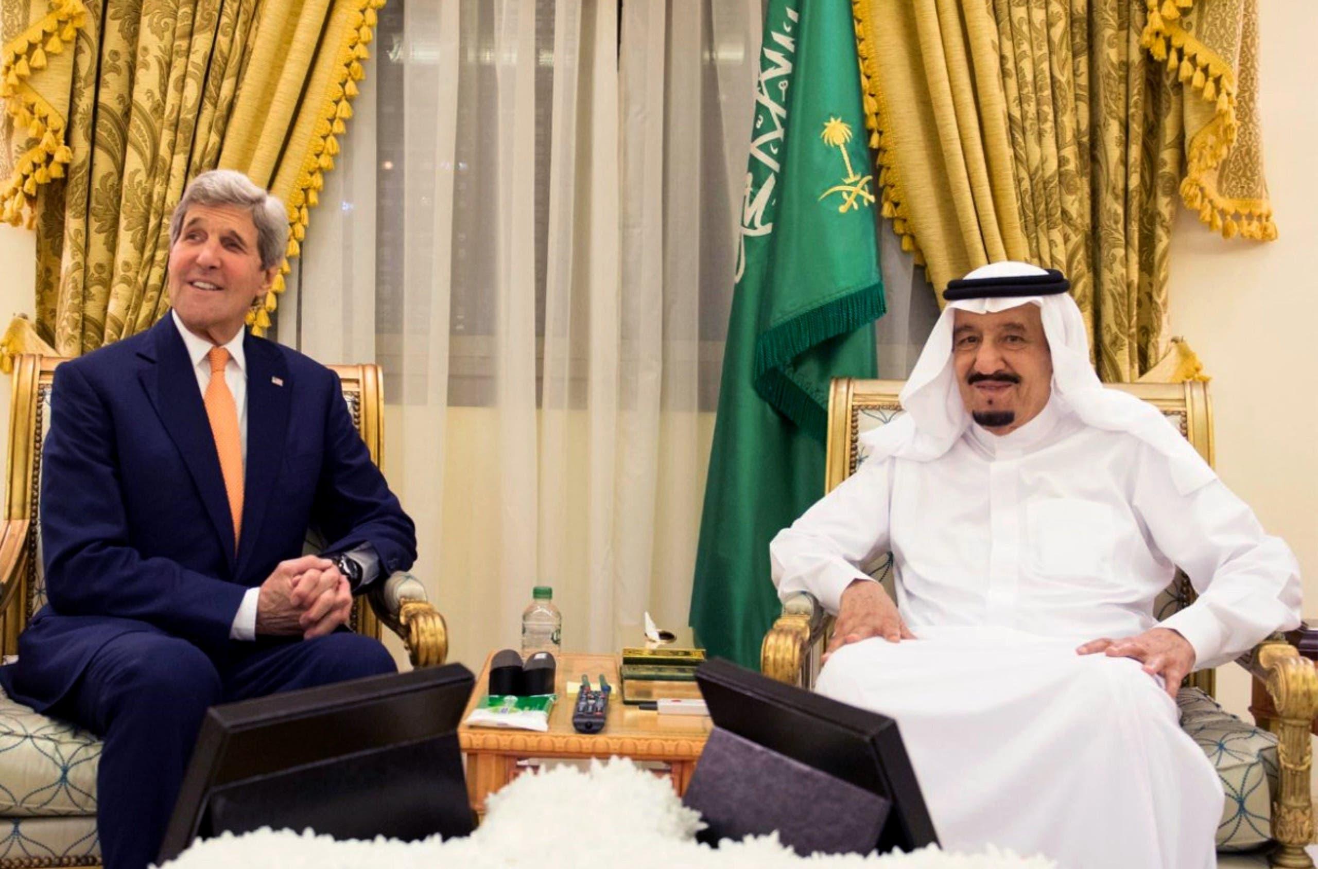 picture provided by the Saudi Press Agency (SPA) on March 11, 2016 shows Saudi King Salman bin Abdulaziz (R) meeting with United States Secretary of State John Kerry in Hafar al-Batin 500 km north east of the Saudi capital Riyadh. (AFP)