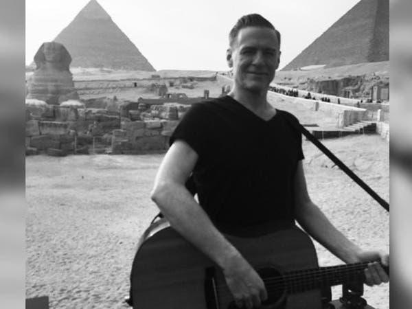 """ما قصة غيتار """"براين آدمز"""" ومصر والقلم الأخضر؟"""