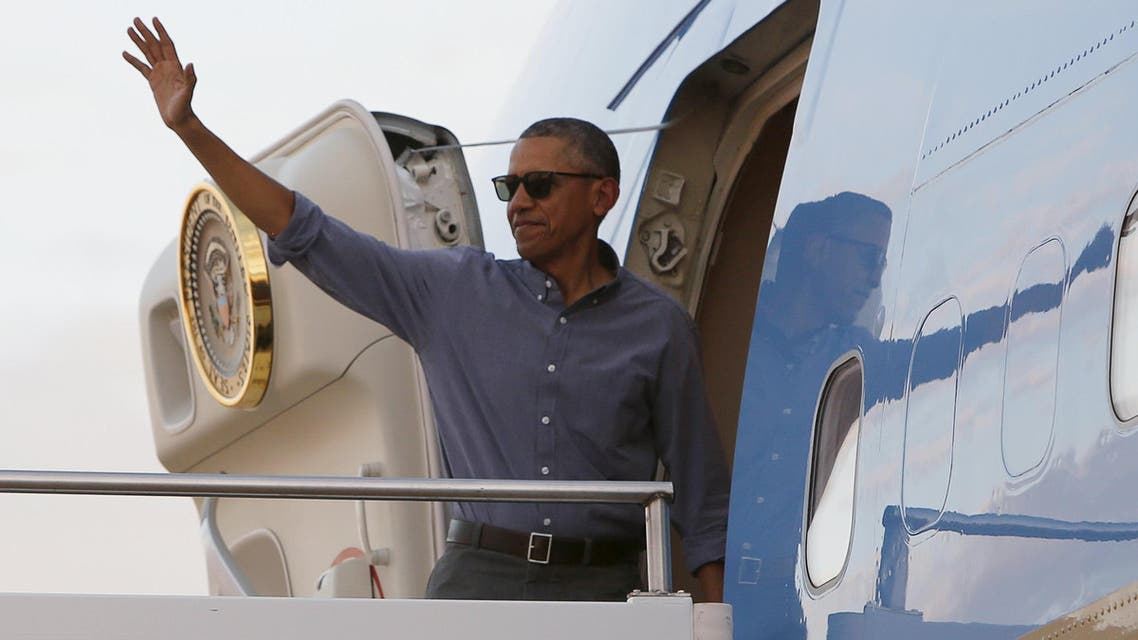 US President Barack Obama boards Air Force One to depart for Washington from Dartfort Fueling-Dallas Love Airport in Dallas, Texas, March 12, 2016. Obama will travel to London in April and urge British voters to back continued membership of the European Union. (Reuters)
