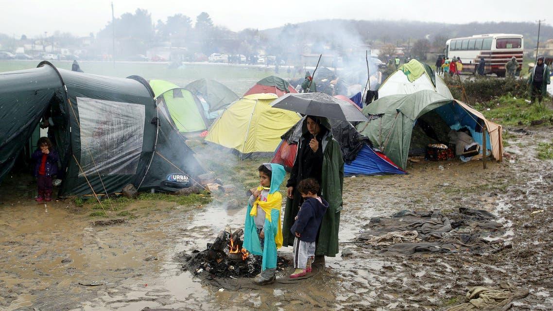 ايدوميني بين اليونان و مقدونيا لاجئين لاجئون لجوء هجرة مهاجرون مهاجرين