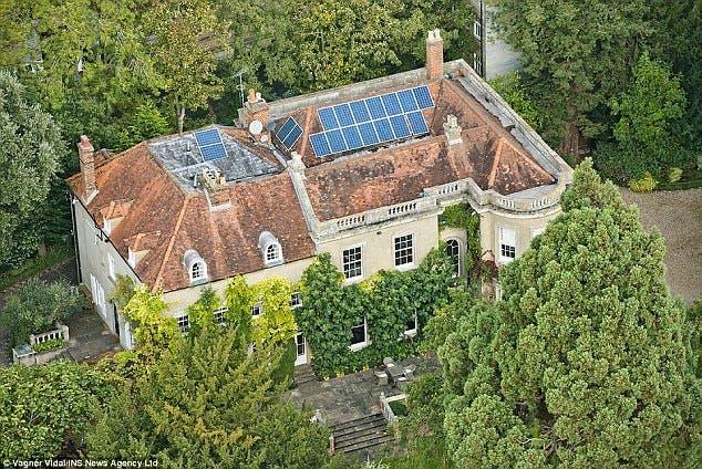 منزلهما الإنجليزي في بركشاير